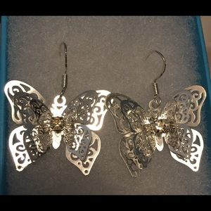 Jewelry - Butterfly 🦋 necklace and earrings 🦋